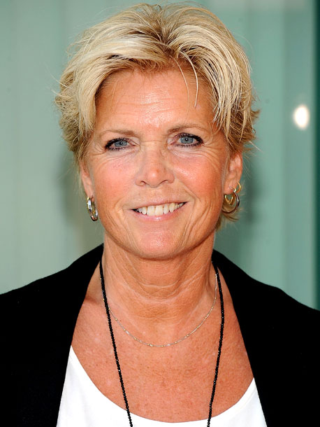 December 2009 Ex- Family Ties star Meredith Baxter tells the Today show and The Advocate that she is a lesbian.