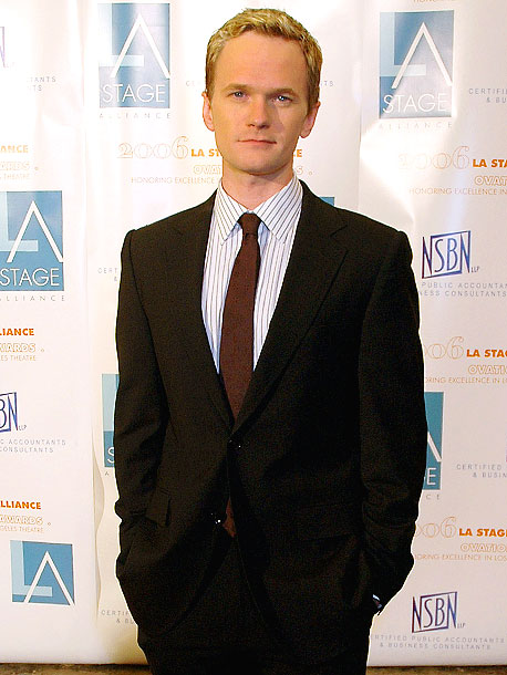 November 2006 Neil Patrick Harris tells People magazine he's gay by releasing the following three-sentence statement: ''The public eye has always been kind to me,…