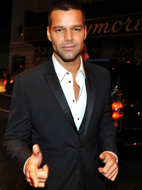 March 2010 Ricky Martin comes out on his website, calling himself a ''fortunate homosexual man.''