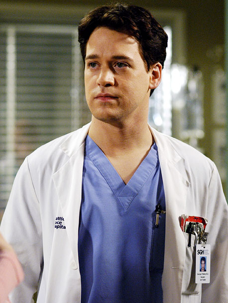 October 2006 T.R. Knight of Grey's Anatomy comes out in a statement to People magazine that reads: ''I guess there have been a few questions…