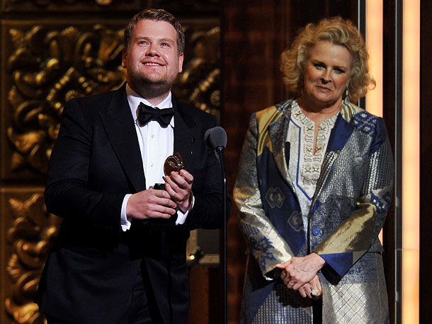 A surprise winner over Phillip Seymour Hoffman in the Best Leading Actor in a Play category, the British star of the comedy One Man, Two…