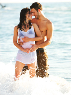 DANCING DUO Kathryn McCormick and Ryan Guzman sashay on and off the dance floor in Step Up: Revolution