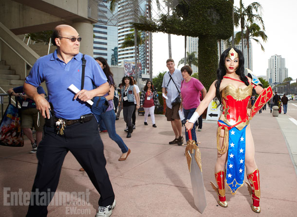 San Diego Comic-Con 2012 | There's no Wondering what this passerby is thinking.