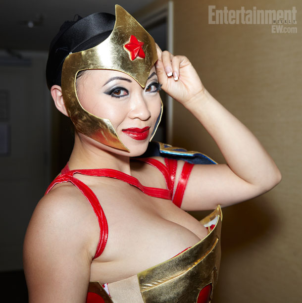 San Diego Comic-Con 2012 | Han shows off Wonder Woman's tiara marked by a red star, representing freedom and patriotism, that can double as a weapon.