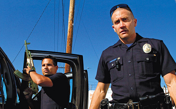 Training Day screenwriter David Ayer delves again into the often frightening world of LAPD officers in his third directorial effort, about two young cops (…