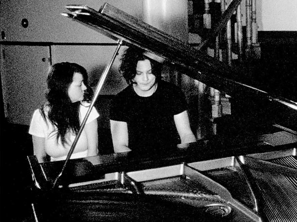 The White Stripes | The most compelling figure in this stylish White Stripes tour doc isn't force of nature Jack White but bandmate Meg. Off stage she's sad-eyed and…