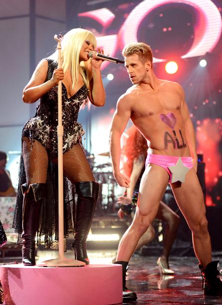 Nov. 19: Christina Aguilera performs at 2012 American Music Awards in L.A. (photo taken Nov. 18)