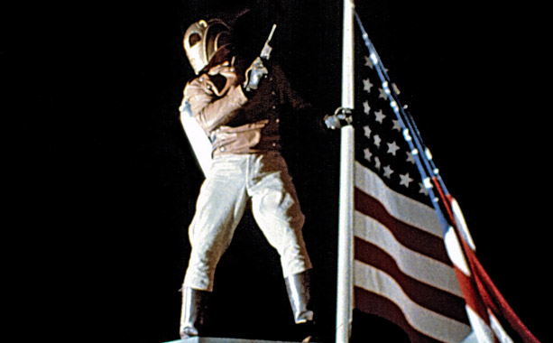 The Rocketeer | Look! Up in the sky! It's a bird! It's a plane! It's a... man with a jetpack! Director Joe Johnston channeled the retro flair he'd…