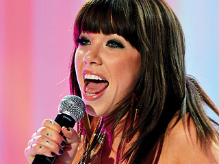 CALL ME UNIMPRESSED Try as she may (with almost identical songs on Kiss ), Jepsen can't top her summer hit ''Call Me Maybe''