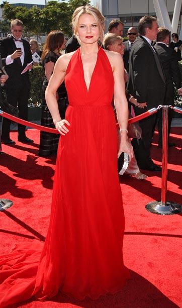 Jennifer Morrison (in Romona Keveza)