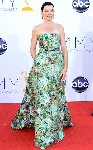 Julianna Margulies in Giambattista Valli Couture