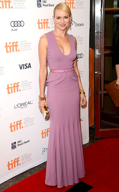 Naomi Watts (in Elie Saab) at the premiere of The Impossible