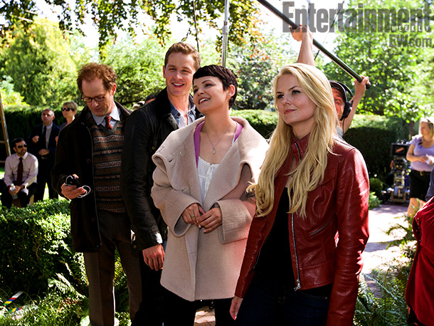 Though the other cast members (including, from left, Raphael Sbarge, Josh Dallas, Ginnifer Goodwin, and Jennifer Morrison) have yet to experience audience blowback, being hated…