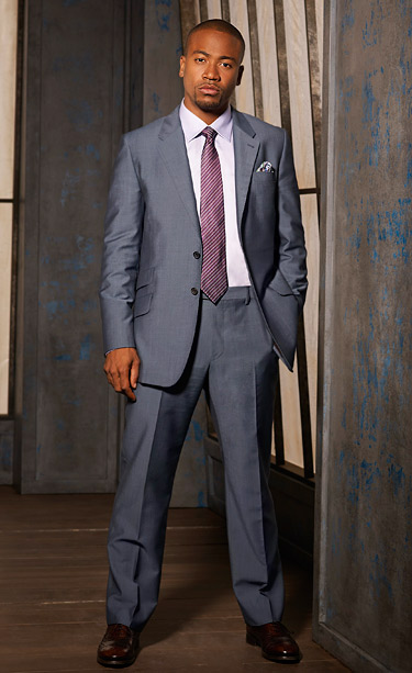 He's part of a team of ''gladiators in suits,'' but Wright isn't afraid to show his feminine side by pairing pastel shirts and ties with…