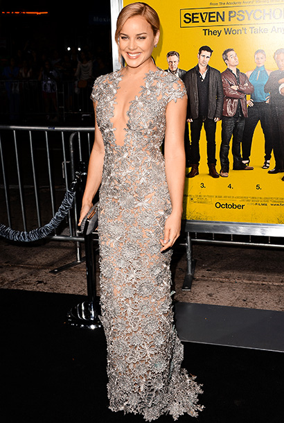Abbie Cornish (in Reem Acra) at the premiere of Seven Psychopaths in Los Angeles