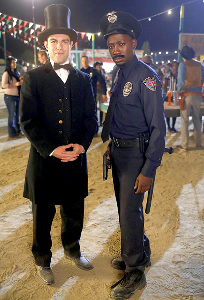 New Girl (10/30): Max Greenfield as Abraham Lincoln and Lamorne Morris as a cop