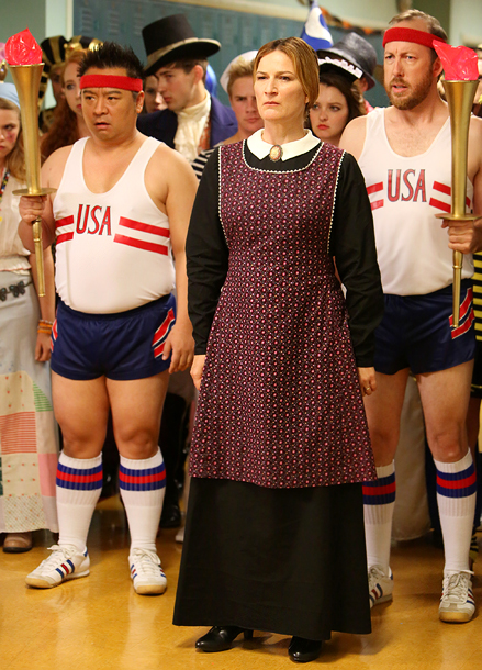 Suburgatory (10/24): Rex Lee and Evan Arnold as Olympians and Ana Gasteyer (center) as the spinster from American Gothic