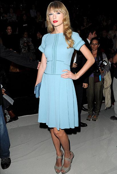 Taylor Swift attends the Elie Saab Spring/Summer 2013 show at Paris Fashion Week