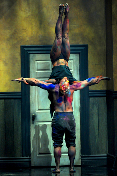 As usual, Pink took the night to new heights. Barefoot and covered in paint smudges, the acrobatic singer and her male dance partner passionately brought…