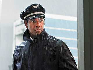 NOT SO FRIENDLY SKIES Denzel Washington is a pilot-tuned-hero in Flight