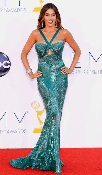 The Modern Family star accidentally displayed her other ample assets , after her Zuhair Murad gown malfunctioned at the Primetime Emmy Awards .