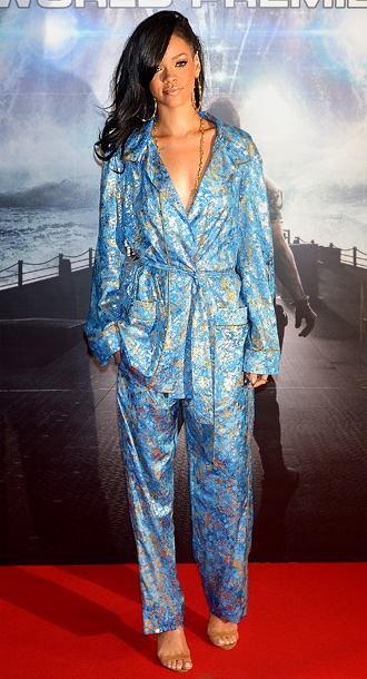 The Emilio Pucci pajamas Rihanna wore to the Tokyo premiere of Battleship are memorable for two reasons: 1. This is the most covered up I've…