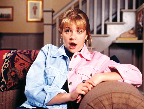 Sequel: Move Over, Darling Plot: Clarissa is the host of her very own nightly news program. But when ratings drop off, she gets a new…