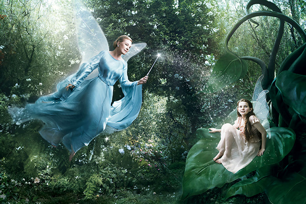 Abigail Breslin as Fira and Julie Andrews as the Blue Fairy