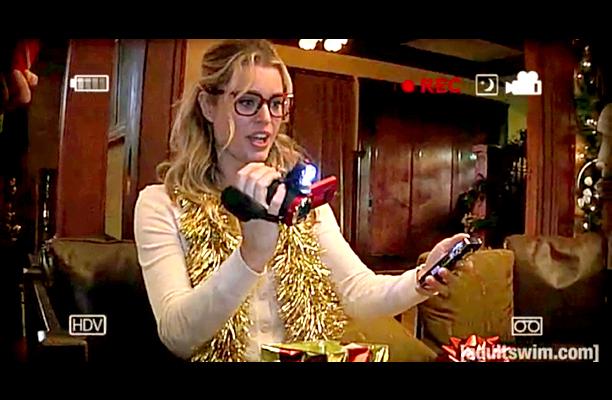A totally nerdy lab tech, Jessie (Rebecca Romijn) enjoys LARPing. She also wears glasses. What a weird-looking nerd, that Jessie Nichols. — Darren Franich