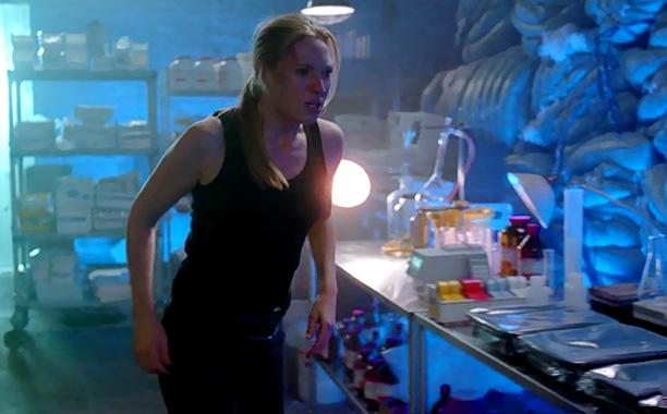 Fringe | Season 1, episode 11 Writers: J.J. Abrams, Jeff Pinkner, Alex Kurtzman, Roberto Orci Director: Frederick E.O. Toye Arriving midway through Fringe 's shaky first season,…