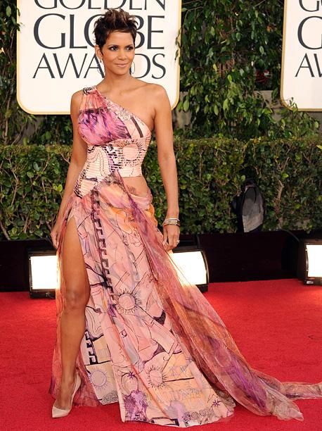 Golden Globe Awards 2013   Designer: Versace