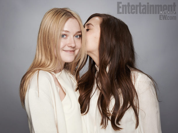 Dakota Fanning and Elizabeth Olsen, Very Good Girls