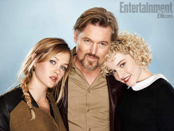Ambyr Childers, Bill Sage, and Julia Garner, We Are What We Are