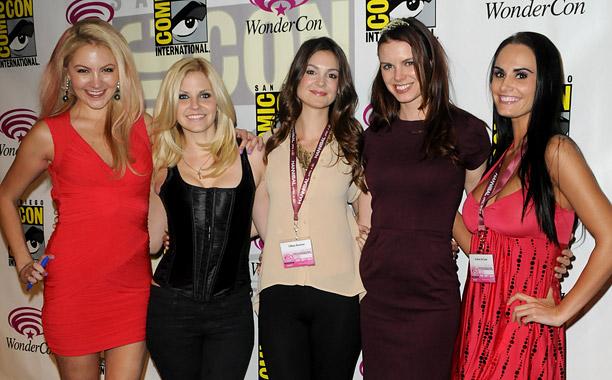 Madison Dylan, Nikki Griffin, Tiffany Brouwer, Catherine Annette, Kristen DeLuca (Femme Fatales)