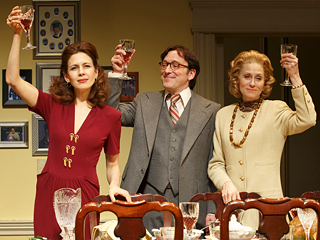 THE ASSEMBLED PARTIES Jessica Hecht, Jeremy Shamos and Judith Light
