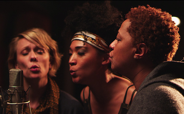 Movie Guide | When Morgan Neville signed on to direct a documentary that puts backup singers front and center, he anticipated a challenge. ''I'm making a film about…