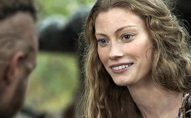 Vikings Alyssa Sutherland