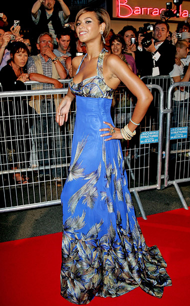 Style, Style: Red Carpet, ... | Instead of nodding to the glamorous costumes in Dreamgirls at the film's 2006 Cannes premiere, Beyoncé chose a garish House of Deréon dress designed by…