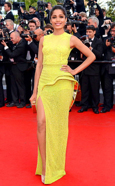 Style, Style: Red Carpet, ... | At the De Rouille et D'os premiere in 2012, Freida Pinto lit up the red carpet in a chartreuse Atelier Versace dress detailed with Swarovski…
