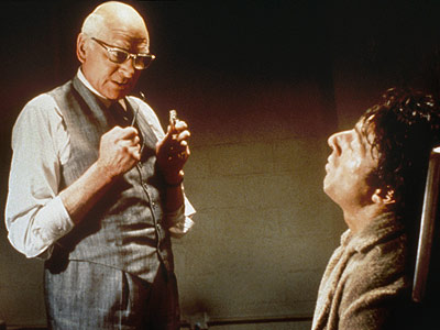Marathon Man, Dustin Hoffman, ... | Laurence Olivier Marathon Man (1976) Dustin Hoffman learns that going to the dentist can be torture, especially if the gum-gouging sadist is an escaped Nazi…