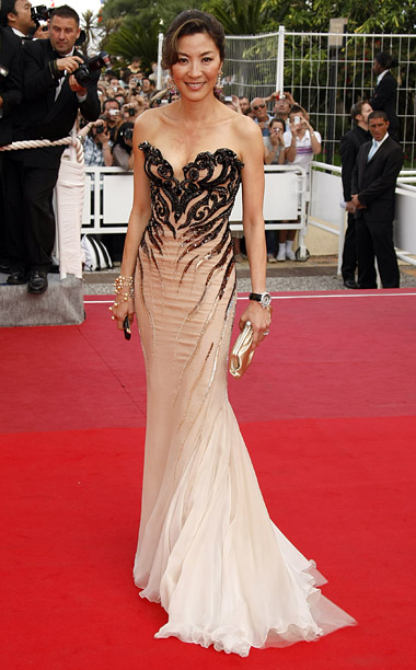 Style, Style: Red Carpet, ... | Michelle Yeoh stunned in a sexy nude Roberto Cavalli gown with intricate black accents at the 2009 premiere of Vengeance .