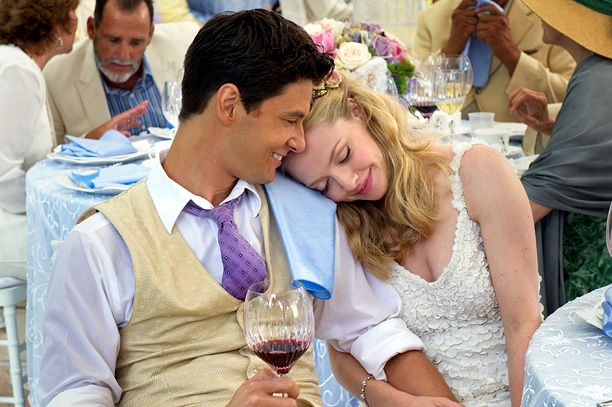 'THE IMMENSE NUPTIALS' Ben Barnes and Amanda Seyfried play a betrothed couple in The Big Wedding