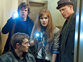Movie Guide | ...NOW YOU DON'T Dave Franco, Jesse Eisenberg, Isla Fisher, and Woody Harrelson play a group of magicians who also have a penchant for robbing banks