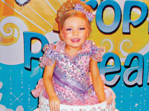 Move over, Miss America. Flanked by overzealous parents, these kids go for gold in garish dresses, fake teeth, and age-inappropriate costumes. They don't always win,…