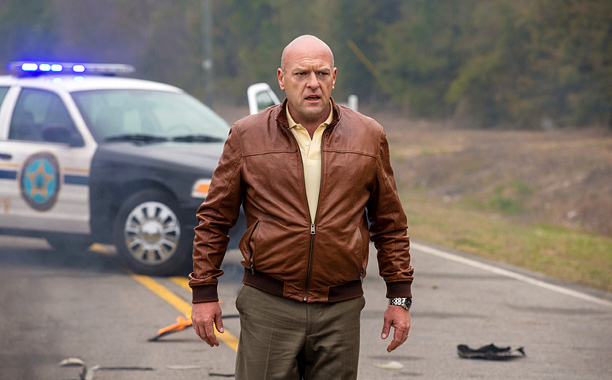 EW's Must List | All hell breaks loose after a dome traps a small town in the CBS adaptation of Stephen King's same-name 2009 novel. Hottie dome people fight…