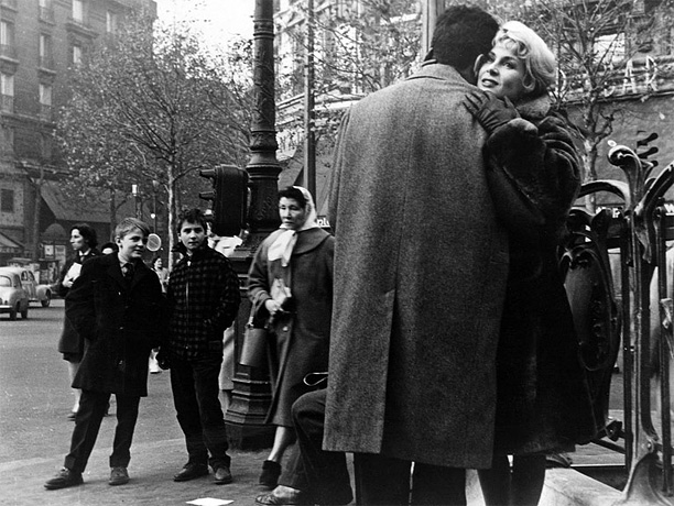Directed by François Truffaut Truffaut's first film was also his first collaboration with his onscreen alter ego, Jean-Pierre Léaud. A piercing study of a Parisian…