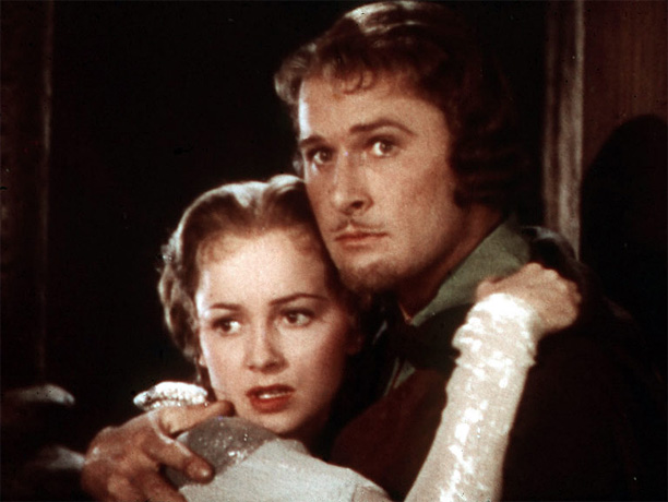 Directed by Michael Curtiz and William Keighley The perfect old-fashioned lighthearted adventure, with swordplay that still sparkles. As Robin the noble bandit, Errol Flynn seems…