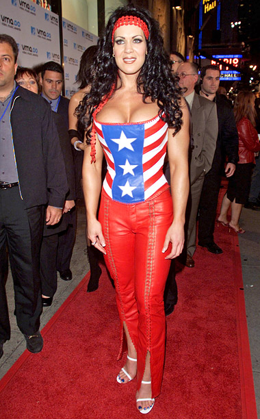 Style, Style: Red Carpet, ... | Chyna Doll, you're no Wonder Woman. The wrestler showed up to the 2000 MTV Video Music Awards looking like a pale copy of the iconic…