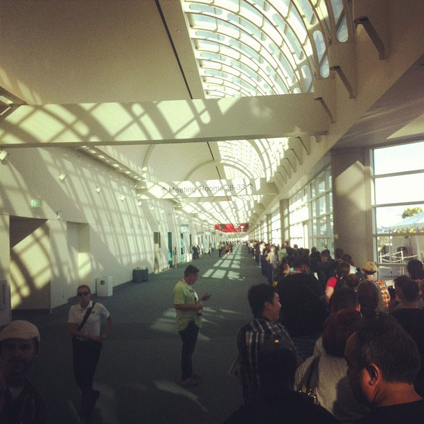 San Diego Comic-Con 2013 | Just two miles of line to go until we're at Comic-Con