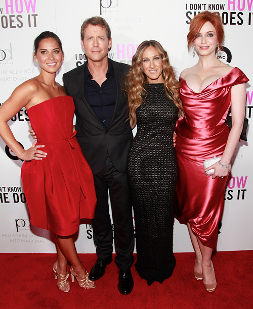 Style, Style: Red Carpet, ... | (Pictured with Greg Kinnear, Sarah Jessica Parker, and Christina Hendricks) That was a Carolina Herrera dress. That was the first time any designer had ever…